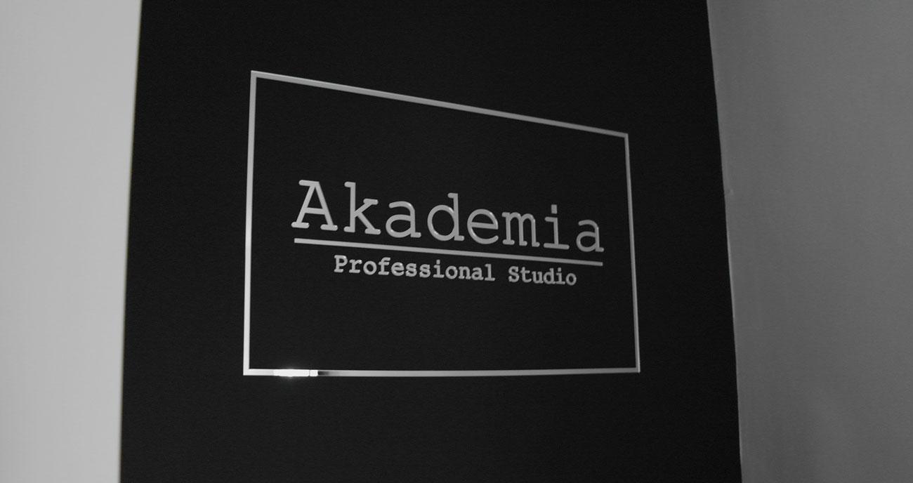 Literki 3d pleksi lustrzana Akademia Professional Studio