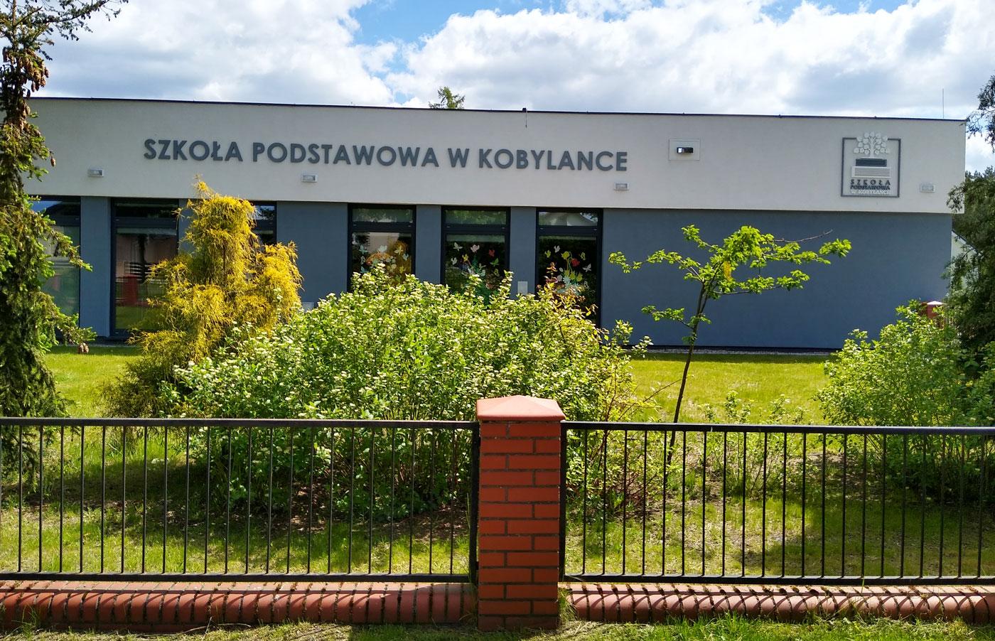 Logo 3D Szkoła Podstawowa w Kobylance