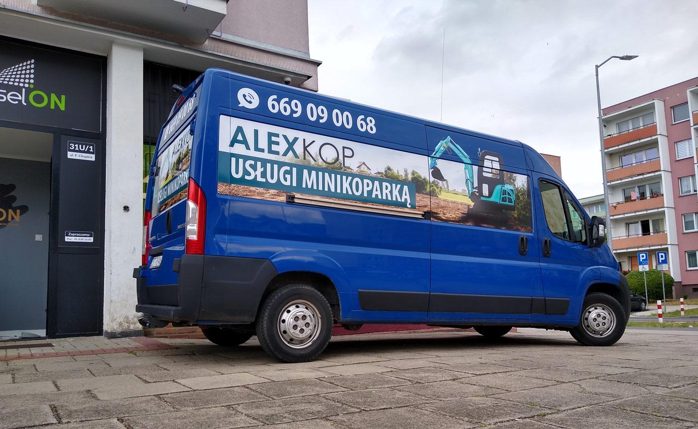 Oklejanie samochodu Alexkop Usługi minikoparką